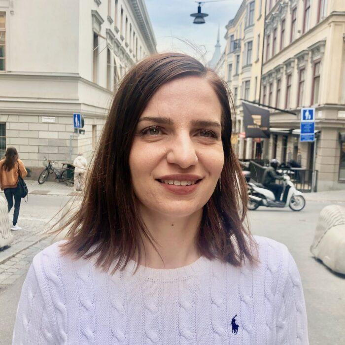 Maria Ergül, Vägra väggen